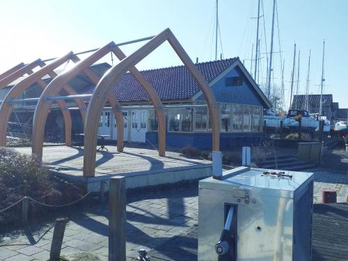 watersportcentrum-de-stormvogel-warns-restaurant-greate-pier-03